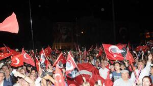 Eskişehirde, Zafer Alayı yürüyüşüne 3 bin kişi katıldı