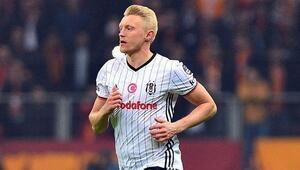 Andreas Beck Stuttgarta transfer oldu