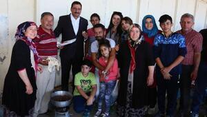 Başkan Ak kurban alanında vatandaşlarla bayramlaştı