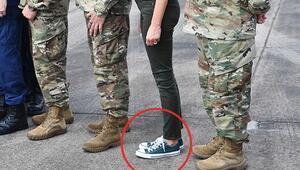 Ayakkabıları eleştirilmişti... Melania Trump bu kez şaşırttı