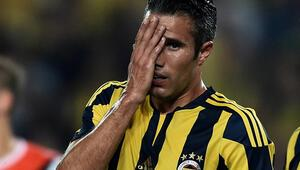 Süper Ligin en pahalısı Van Persie 22 maç kaçırdı Bu kez de...