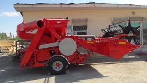 Kalkınma Bakanlığından Yüksekovaya Biçer-Patoz makinası