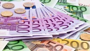 Euronun gözü Draghide