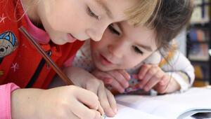 Yeni eğitim öğretim yılı başlıyor... Minikler okul kaygısını nasıl yenebilir