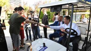 Başkan Gökçek Golfa bindi, balık tuttu, dağ kızağı ve motoruna bindi