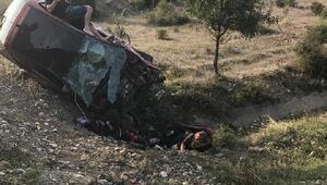 Kastamonuda otomobil şarampole yuvarlandı: 1 ölü, 3 yaralı