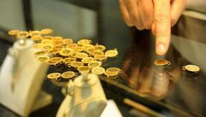 Çeyrek altın 240 liradan satılıyor
