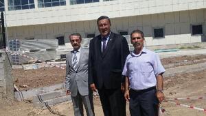 CHPli Fethi Gürer: 1.5yılda bitirilmesi beklenen hastanenin 3.5 yıldırinşaatı sürüyor