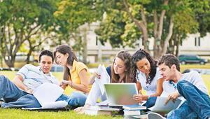 Hayalleri bir diplomaya sığmayanlar için sınavsız ikinci üniversite