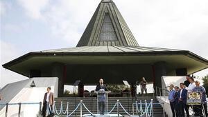 Menderes, Zorlu ve Polatkan Anıt Mezarda düzenlenen törenle anıldı