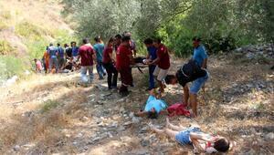Antalyada tur midibüsü şarampole devrildi: 4 ölü, 27 yaralı (3)