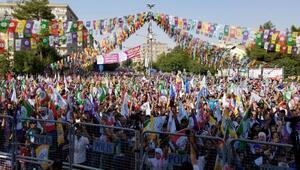 HDPden Diyarbakırda Adalet, Vicdan ve Demokrasi mitingi
