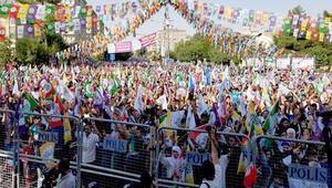 HDP'nin Diyarbakırdaki mitinginde yoğun güvenlik önlemi