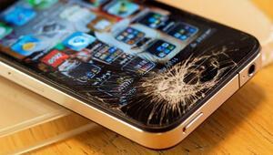 iPhone ekranı kırılan yandı Tamir ettirmeye kalkarsanız...
