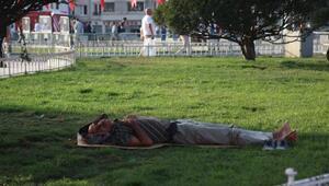 Sıcak hava İstanbulluları bunalttı