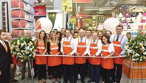 42. mağazasını Emaar'da açtı