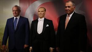 Yılmaz Büyükerşen Balmumu Heykeller Müzesi İstanbul'da açıldı