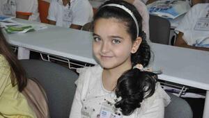 Minikler, Suriyeli kardeşlerine kucak açtı