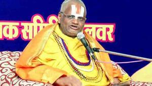 Hindistanda tecavüzle suçlanan guru gözaltına alındı