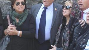 Zeki Müren, Bursadaki kabri başında anıldı