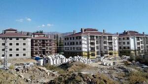Sarızda TOKİ inşaatı hızla sürüyor