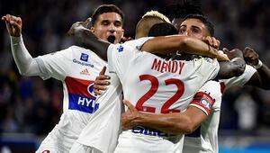 Lyonda gol yağmuru 3-3 (ÖZET)