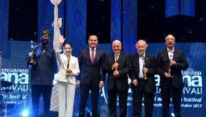 Türk Sinemasının ustaları ödüllendirildi