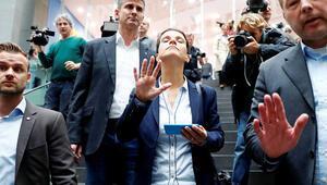 AfD'de eşbaşkana istifa et baskısı