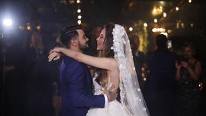 Rüzgar Erkoçlar, Tuğba Beyazoğlu ile evlendi