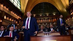 (ek bilgi ve fotoğraflarla) -  İBBde başkanlık seçimi için oy verme işlemi başladı
