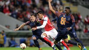 Medipol Başakşehir Bragada son dakikada yıkıldı İşte maçın özeti ve golleri