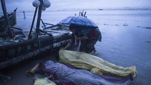 Tekneleri alabora oldu: 23 ölü, 40 kayıp