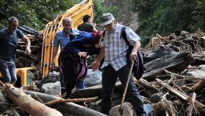 Rizede sel ve heyelanın ardından 3 gün sonra ulaşılan köy yerle bir olmuş