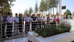 Talas heyetinden 15 Temmuz kahramanının mezarına ziyaret