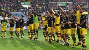 Dortmund zirveyi bırakmıyor