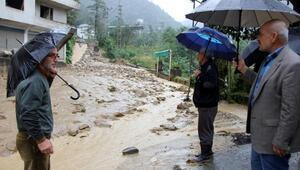 Rize'de şiddetli yağış, 20 ev boşaltıldı (2)