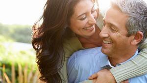 40 yaş üstü erkeklerle ilişkide dikkat edilmesi gereken 5 durum