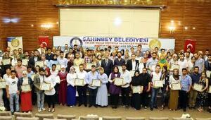 Evlilik Okulu'ndan 99 çifte sertifika