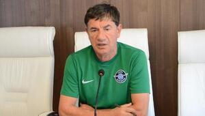 Adana Demirspor Teknik Direktörü Giray Bulak: Ataklarda sorun yaşıyoruz