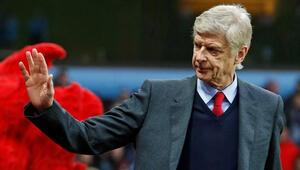 Arsene Wenger o Türkün peşinden koşuyor