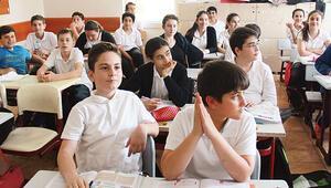 Batıda 6ya giden öğrenci doğuda 8. sınıf düzeyinde