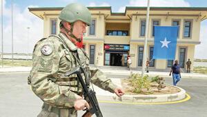 BBC, Türkiye'nin Somali üssünde: Tanklar ve İHAlar nöbette