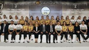Son Avrupa ve Dünya Şampiyonu VakıfBank sezonu açtı