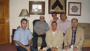 Bilgisayarından Gülenin eski futbolcularla fotoğrafı çıktı...
