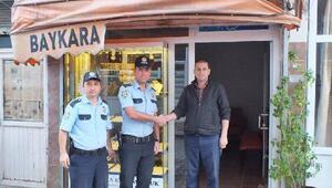 Toplum destekli polisler vatandaşları bilgilendirdi