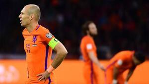 Hollanda şampiyonları unuttu