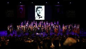 Zeki Müren şarkıları orkestra yorumuyla müzikseverlerle buluştu