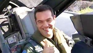 Çipras F-16 ile Ege'de uçtu