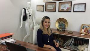 Op. Dr. Erkara sonbaharda estetik yaptırmanın avantajları hakkında bilgi verdi