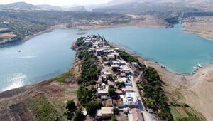 Atatürk Barajı ile ortaya çakın saklı cennet: Takoran Vadisi